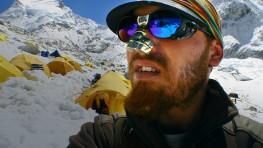 Tibet: Murder In The Snow
